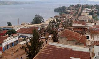 Une vue aérienne de la ville de Bukavu. Photo PhilKin