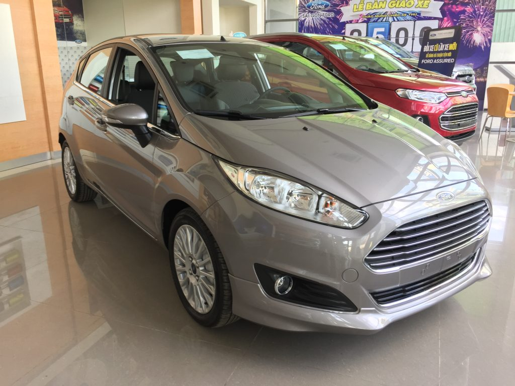 ... Xe Ford Fiesta 2018 màu xám 02 ...