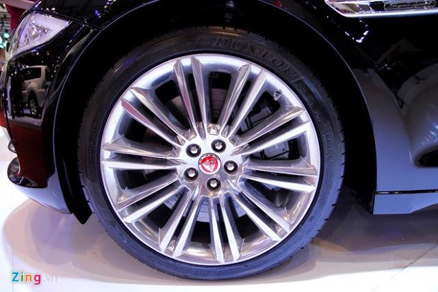 Cận cảnh siêu xe Jaguar XJL 08