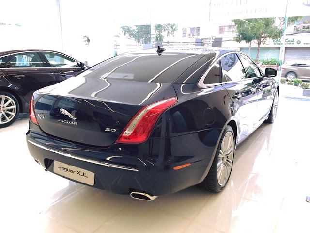 Xe Jaguar XJL Premium Luxury LWB 06