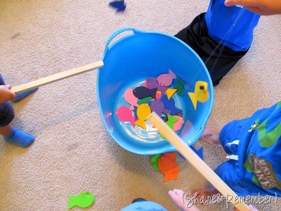 Rainbow Fish Story, Craft, Activity Oceans