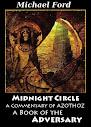 Meia-noite Círculo um comentário de Azothoz Um Livro do adversário