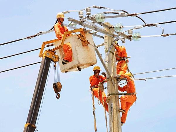 Làm việc an toàn với các thiết bị điện
