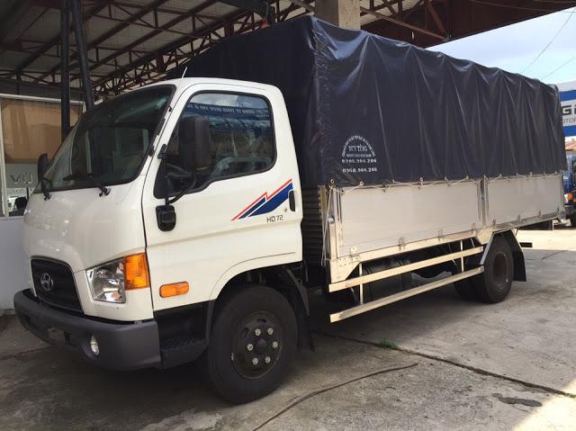 Xe tải Hyundai 75s thành công thùng bạt