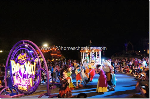 Mickey's Not So Scary Halloween Party  Disney World Boo to You Halloween Parade