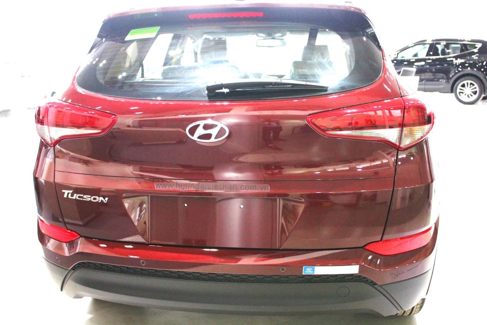 Xe Hyundai Tucson 2018 màu đỏ 05