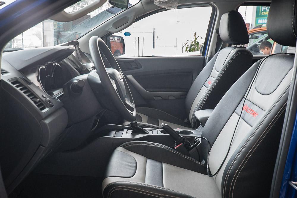 Nội thất xe Bán Tải Ford Ranger 04