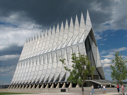 40. Air Force Academy Chapel (Colorado, EE.UU.)