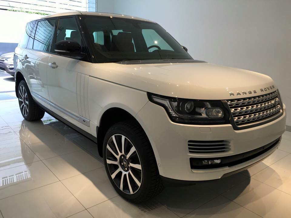 Xe Land Rover Range Rover Autobiography LWB Full Oftion màu trắng 02