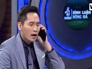 Hành động đùa giỡn kém duyên của biên tập viên Quốc Khánh nhận nhiều chỉ trích.