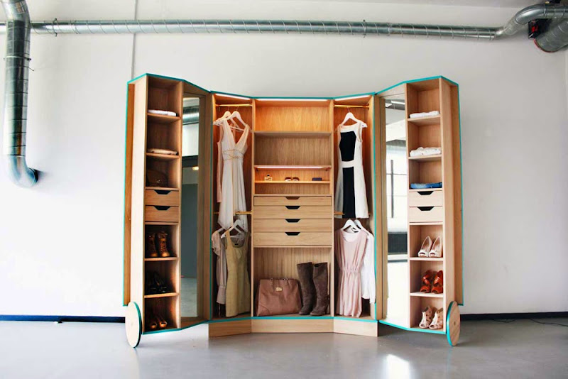 03-walk-in-closet-hosun-ching.jpg
