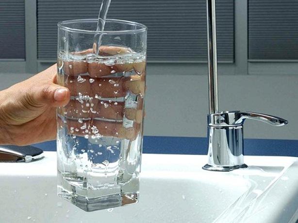 fluoridetodrinkingwater1_t750x550