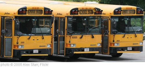 'School Buses' photo (c) 2005, Alex Starr - license: http://creativecommons.org/licenses/by-sa/2.0/