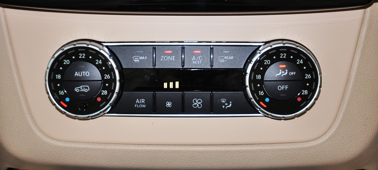 xe Mercedes Benz GLS 400 thế hệ mới 011