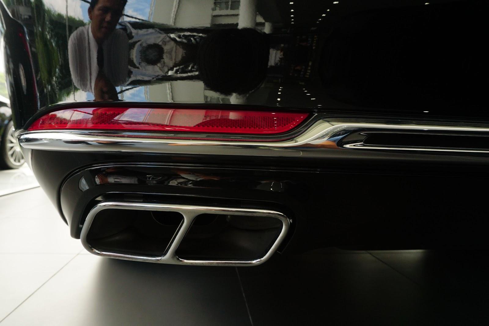 Ngoại Thất Xe Mercedes Benz S600 MAYBACH Màu Đen a05