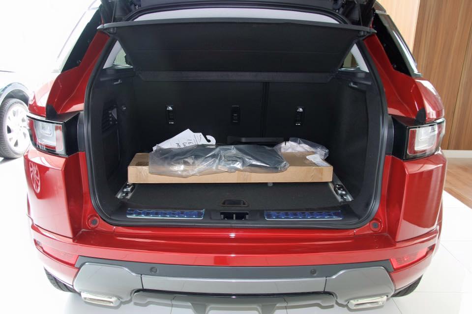 Nội thất Xe Range Rover Evoque HSE DYNAMIC Màu Đỏ 09