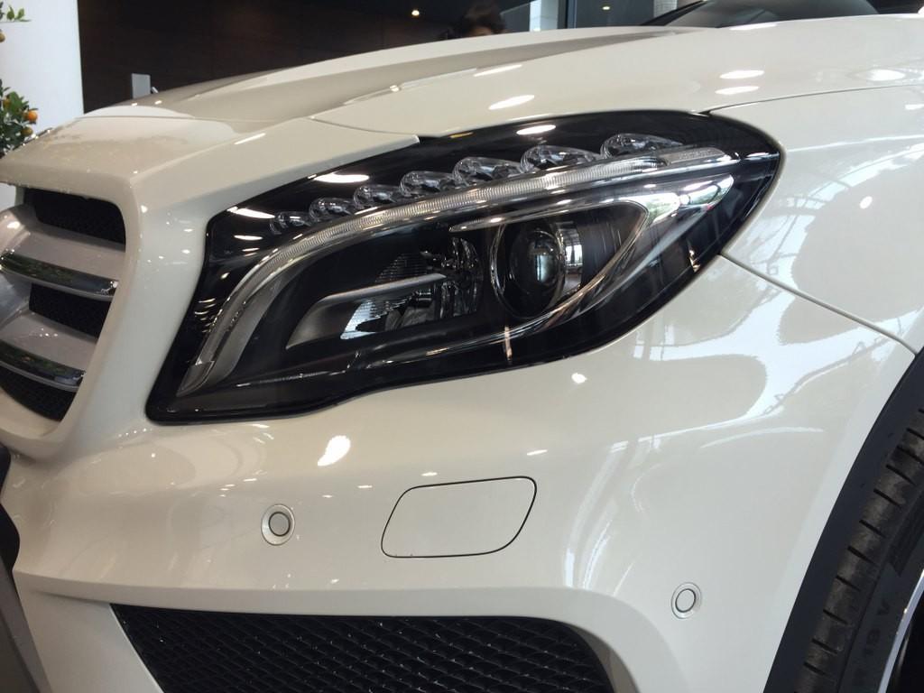 Giá Xe Mercedes Benz GLA250 b