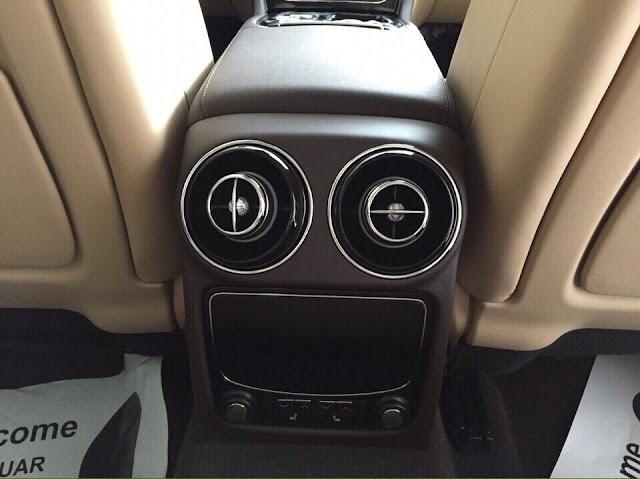 Nội thất xe Jaguar XJL Premium Luxury LWB 013