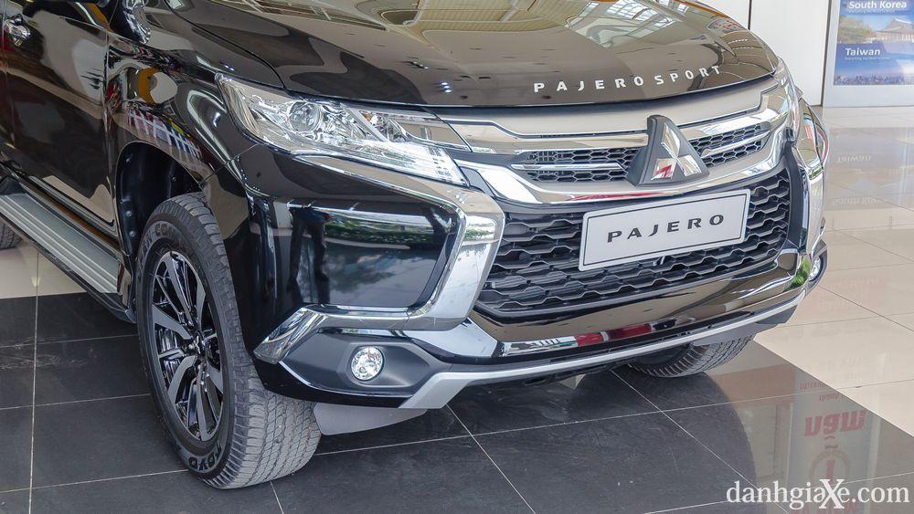 Xe Mitsubishi Pajero Sport 7 chỗ nhập khẩu 04