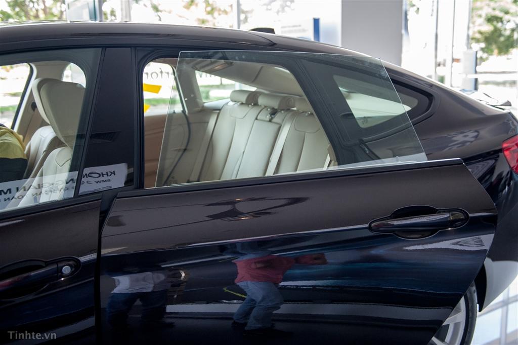 Ngoại thất xe BMW 320i GT 09