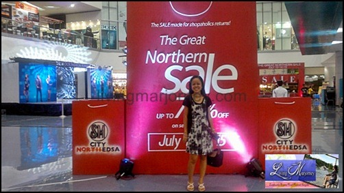 Posing at the Great Northern Sale Shopping Bags located at The Block, SM North