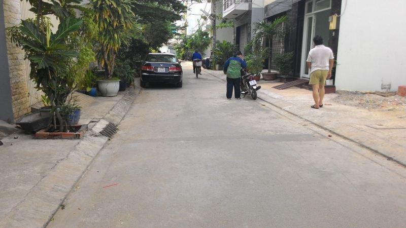 Nhà Mặt Tiền Đường Trần Thủ Độ 1 trệt 3 lầu quận Tân Phú 02
