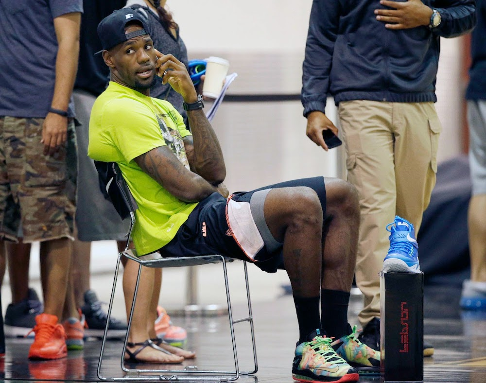 low priced 78ed2 7e8f9 LBJ Wears LeBron 11 Low Championship Sample at His Skills Academy ...
