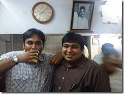 Deepak our guide in the dark shirt & Chinmai with his soul drink
