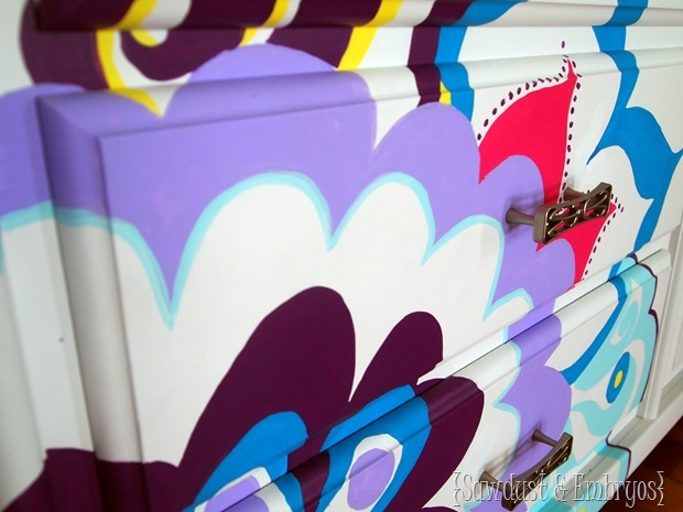 Painted Dresser Using Overhead Projector {Sawdust and Embryos