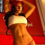 Andrea Rincon, Selena Spice Galeria 56 : Camiseta Blanca, Gorra y Tanga Roja – AndreaRincon.com Foto 6
