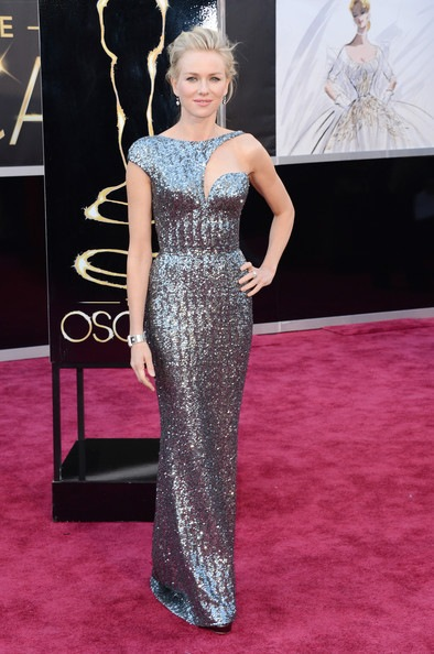 Naomi Watts arrives at the Oscars
