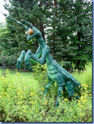 3430 Pennsylvania - btwn Stoystown & Ferrelton - Lincoln Highway (US-30) - big praying mantis