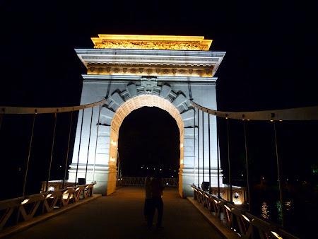 Podul cu lanturi Budapesta varianta Guilin