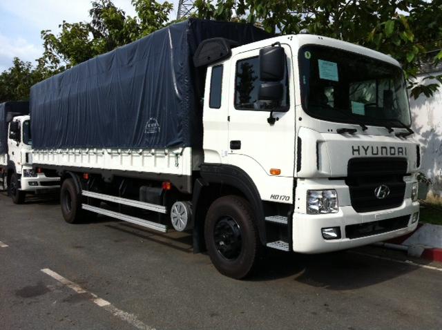 Hyundai 8 tấn thùng mui bạt