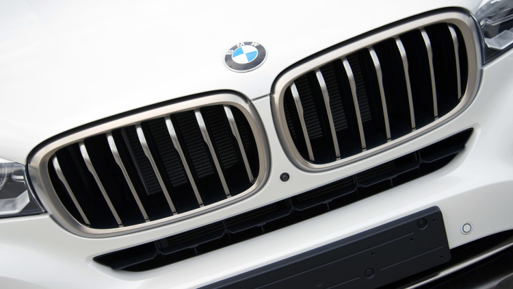 Xe BMW X6 New Model 4