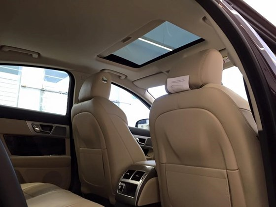 Nội Thất Xe Jaguar XF Premium Luxury 011