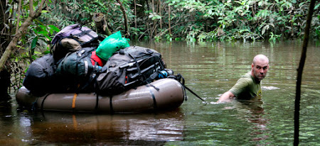 1. Amazonul parcurs la pas.jpg