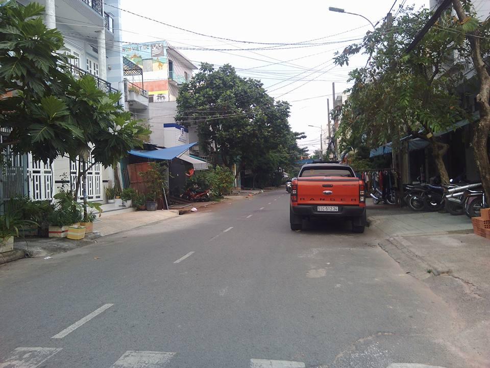 Bán nhà Mặt Tiền Đường 13 mét Quận Tân Phú 001