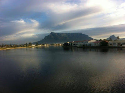 Friday in Mother City Keep warm and have a good day lovecapetown Pic: Deborah Benjamin
