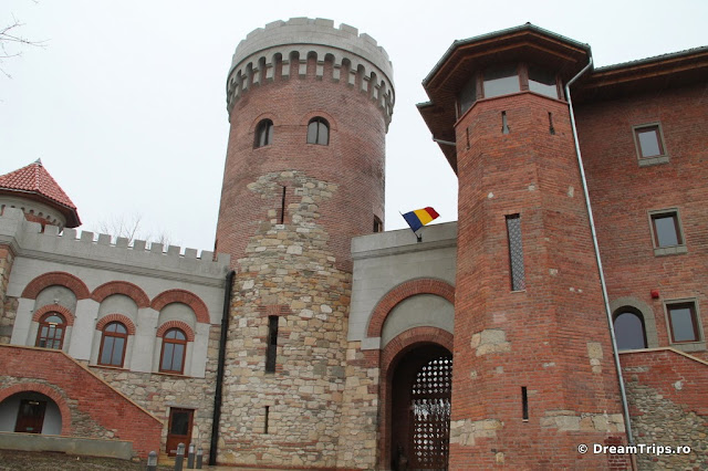 Tepes castle 8021.JPG