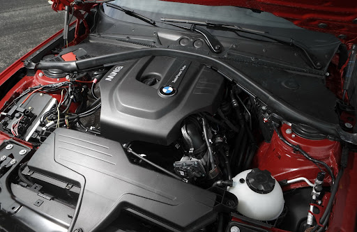 BMW-1-Series-engine-01.jpg