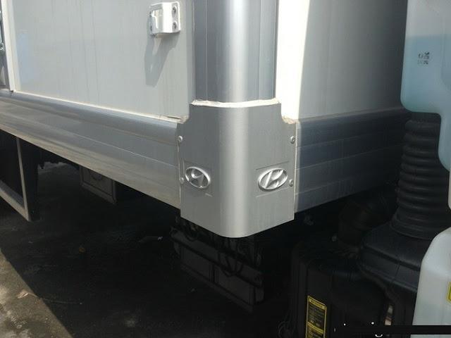 thùng ô tô 3,5 tấn đông lạnh