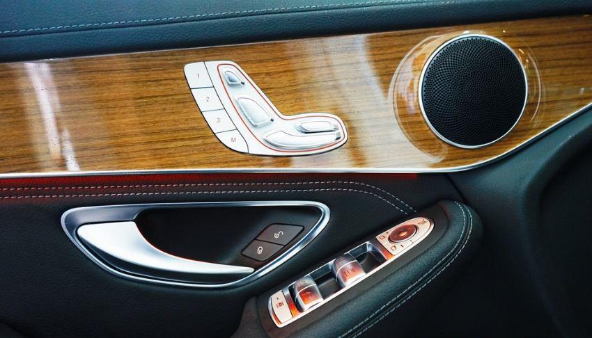 Nội thất xe Mercedes GLC 250 4Matic 010