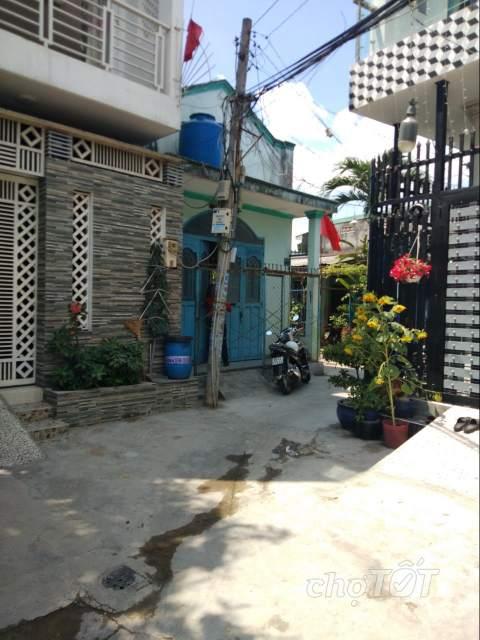 Nhà bán 2 mặt tiền hẻm đường Lê Thị Hoa, phường Bình chiểu, Q Thủ Đức.2