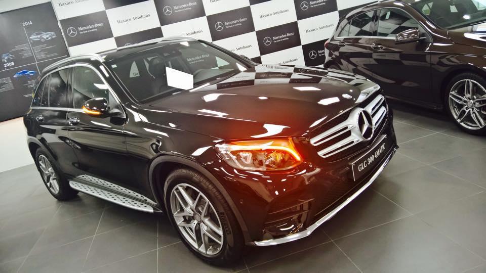 Xe Mercedes Benz GLC 300 4Matic Màu Đen 04