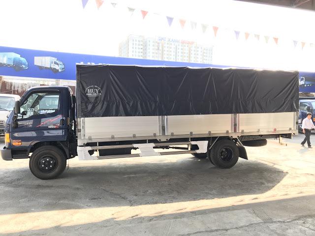Hyundai HD120sl 8 tấn thùng bạt 3 khoang bửng nhôm