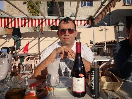 30. cu un vin frantuzesc.JPG
