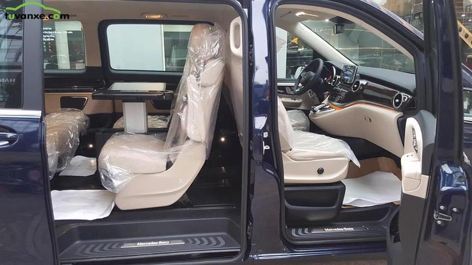 xe Mercedes Benz V220 Máy Dầu 014