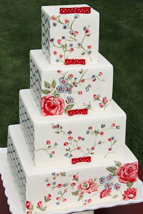 square-vintage-floral-wedding-cake