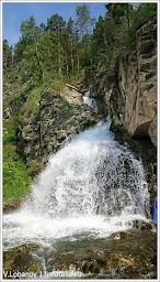 Водопад. Фото В.Лобанова. www.timeteka.ru